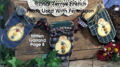 001021 (3) Mittens Garlands